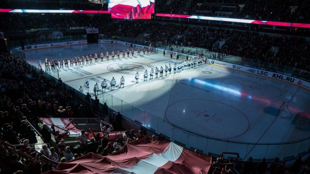 Tiek spriests par skatītāju ielaišanu PČ hokejā Rīgā, bet lēmumu nepieņem
