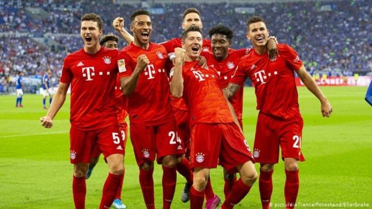 """Minhenes """"Bayern"""" svin vārtu guvumu, likmetv"""