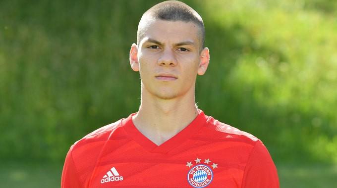 """Ontužāns no """"Bayern"""" sistēmas pārceļas uz citu Vācijas klubu"""