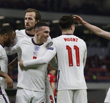 Anglija turpina bez zaudējumiem