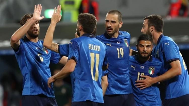 Itālijas futbola izlase, likmetv