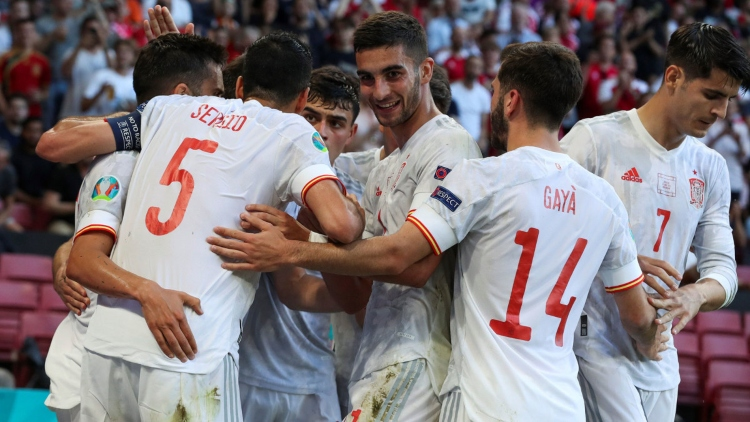 Spānijas futbola izlase, likmetv